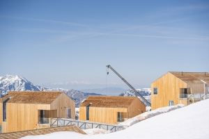 MacKay-Lyons Sweetapple Architects & Mountain Resort Builders / Photo: Ben Moisen
