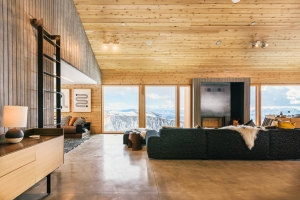 MacKay-Lyons Sweetapple Architects & Mountain Resort Builders / Interior Design: Haley Duffin & Megan Rider / Photo: Paul Bundy